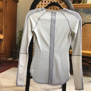 lululemon athletica Tops - Reversible Lululemon Runder Under Long Sleeve Rulu